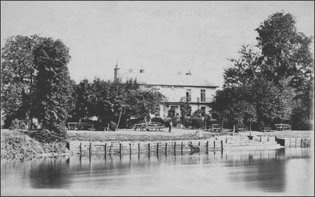 Eel Pie Island Hotel 1870?