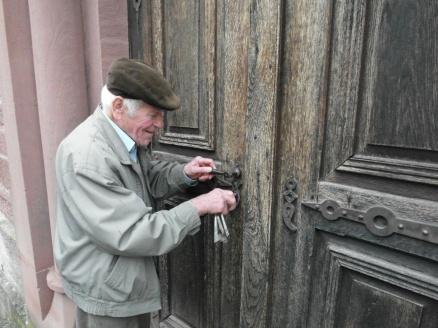 Roger locking up